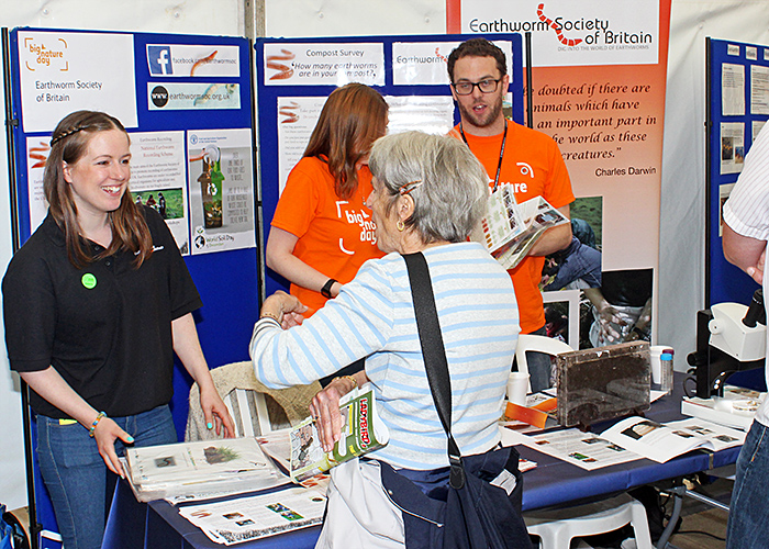 Earthworm Society stand