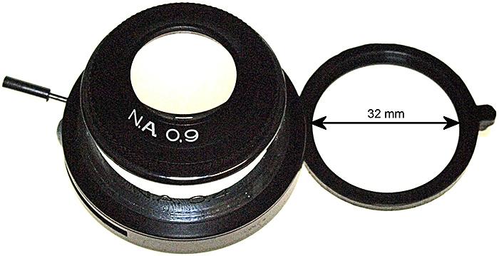 Condenser with filter holder