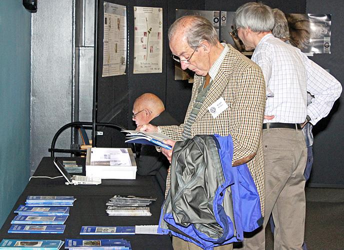 Ralph Prince browsing the Journal