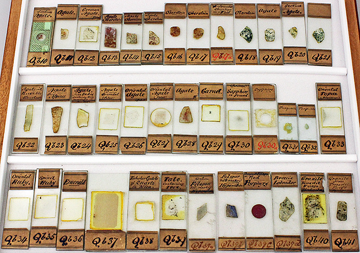 Drawer of mineral slides