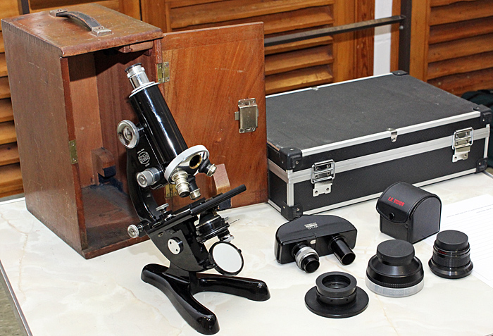 Beck 47 microscope with box