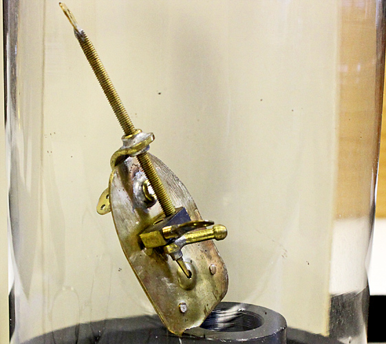 Replica of a van Leeuwenhoek microscope