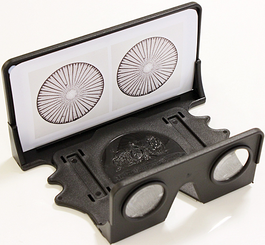 OWL stereo viewer with diatom pictures