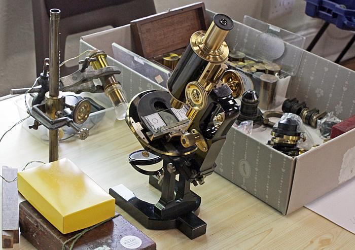 Zeiss jug-handle microscope