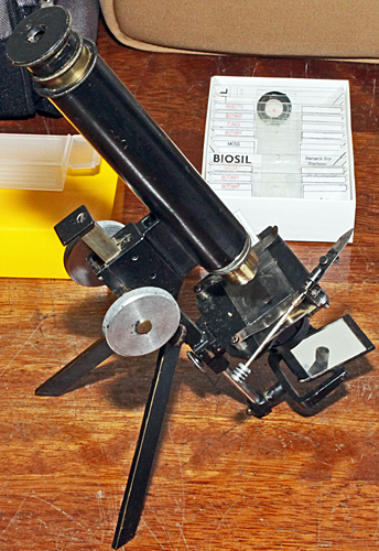 Home-made portable microscope