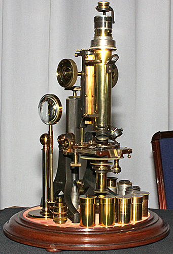 J. Swift Dick-pattern petrological microscope