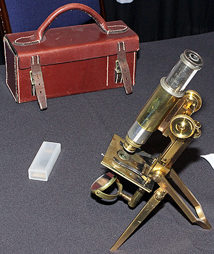 Swift portable microscope