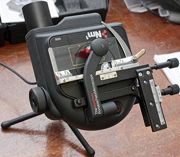 Newton NM1 portable microscope