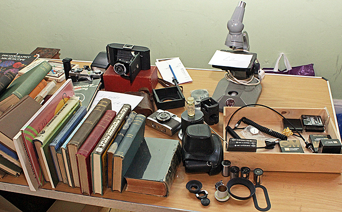 Books and equipment from the estate of Steve Edgar