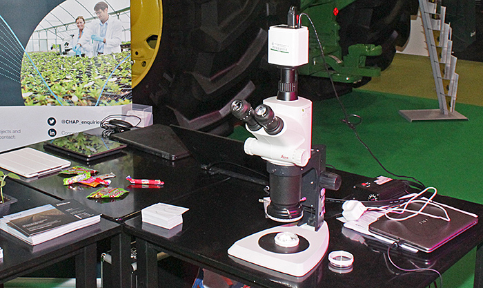 CHAP's Leica stereomicroscope