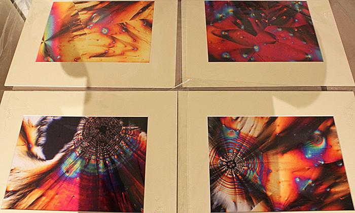 Ron Cushing's photomicrographs of vitamin C