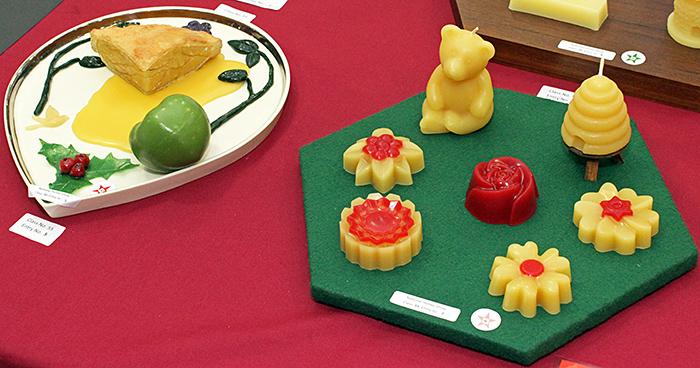 Food made of beeswax
