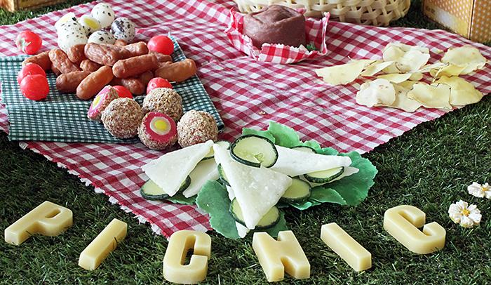 Beeswax picnic