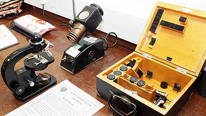 Lomo МБИ-4 portable microscope