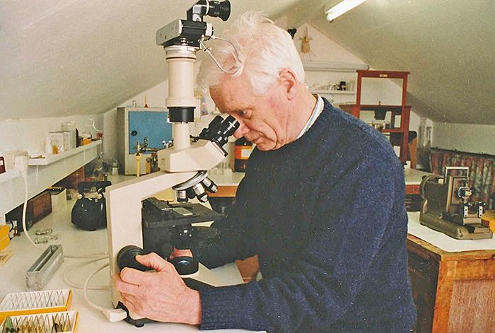 Doug Richardson with his trinocular Olympus CH-2 microscope