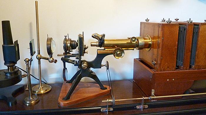 Watson Photomicrography Stand replica