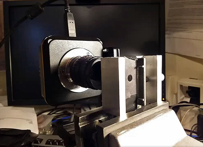 Photographing a stressed polycarbonate sheet