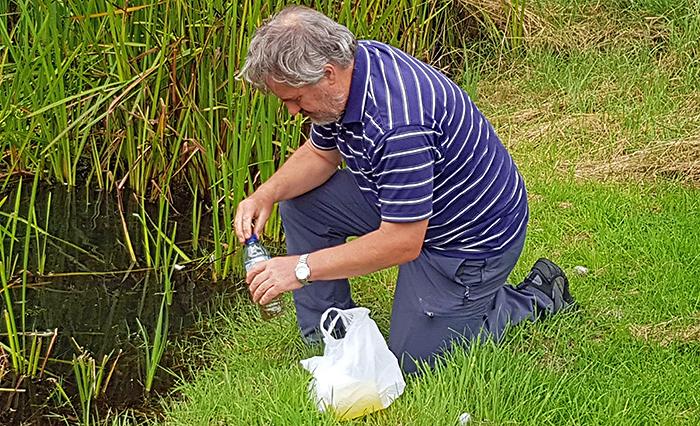 Mike Samworth at dew pond